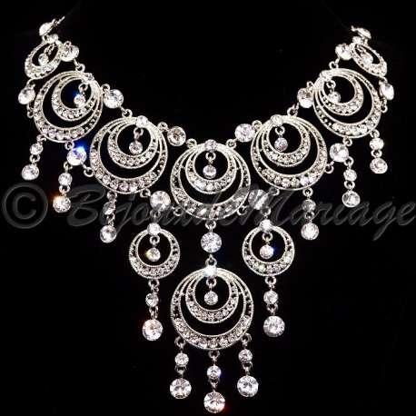Parure bijoux LUNA, cristal, structure rhodiée, détail collier